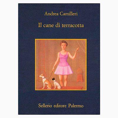 """La copertina di """"Il cane di terracotta"""", libro scritto da Andrea Camilleri per Sellerio"""