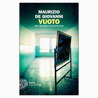 """La copertina di """"Vuoto"""", libro scritto da Maurizio de Giovanni e pubblicato da Einaudi"""