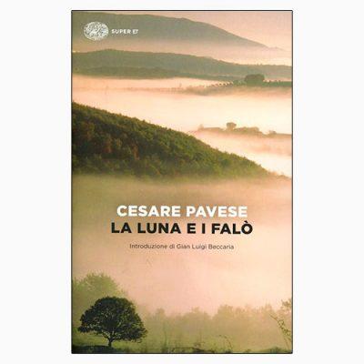 """La copertina del libro """"La luna e i falò"""", scritto da Cesare Pavese e pubblicato da Einaudi"""
