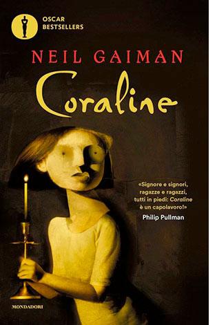 """La copertina di """"Coraline"""", libro scritto da Neil Gaiman e pubblicato da Mondadori"""