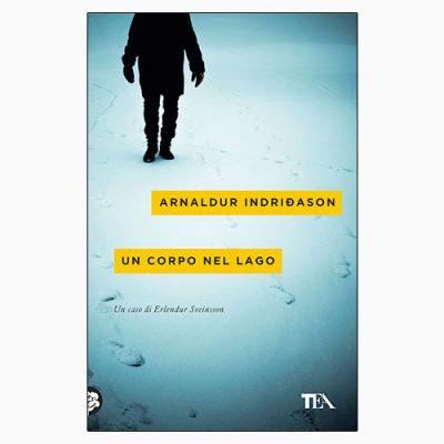 """La copertina del libro """"Un corpo nel lago"""" di Arnaldur Indriðason (TEA)"""