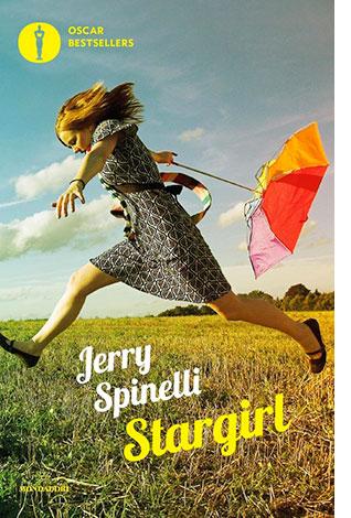 """La copertina del libro """"Stargirl"""" di Jerry Spinelli (Mondadori)"""