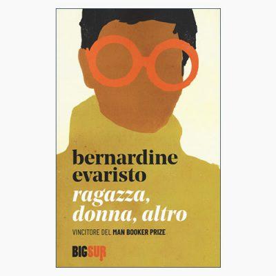 """La copertina del libro """"Ragazza, donna, altro"""" di bernardine Evaristo (Edizioni Sur)"""